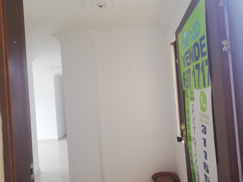 Imagen https://pictures.domus.la/inmobiliaria_301/87927_14_76475892.jpg