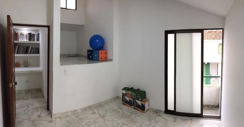 Imagen https://pictures.domus.la/inmobiliaria_301/88087_5_121843672.jpg