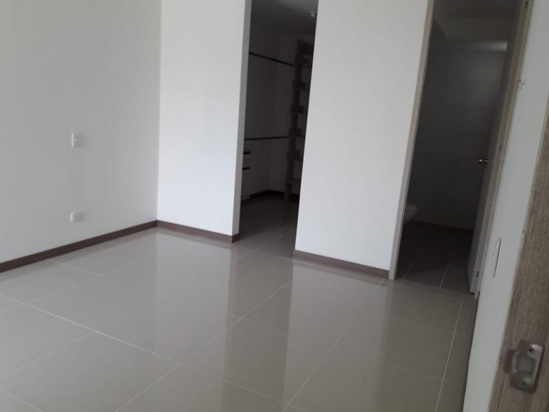 Imagen https://pictures.domus.la/inmobiliaria_301/88263_11_32517347.jpg