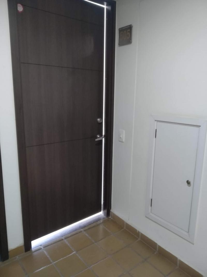 Imagen https://pictures.domus.la/inmobiliaria_301/88406_18_21272257.jpg