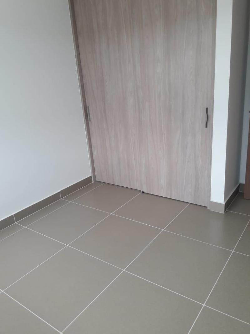 Imagen https://pictures.domus.la/inmobiliaria_301/88729_16_76215259.jpg