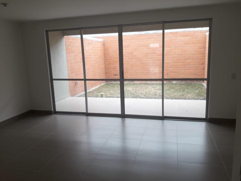 Imagen https://pictures.domus.la/inmobiliaria_301/88729_22_122260639.jpg