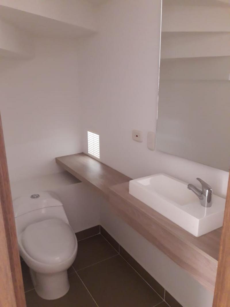 Imagen https://pictures.domus.la/inmobiliaria_301/88729_23_102729521.jpg