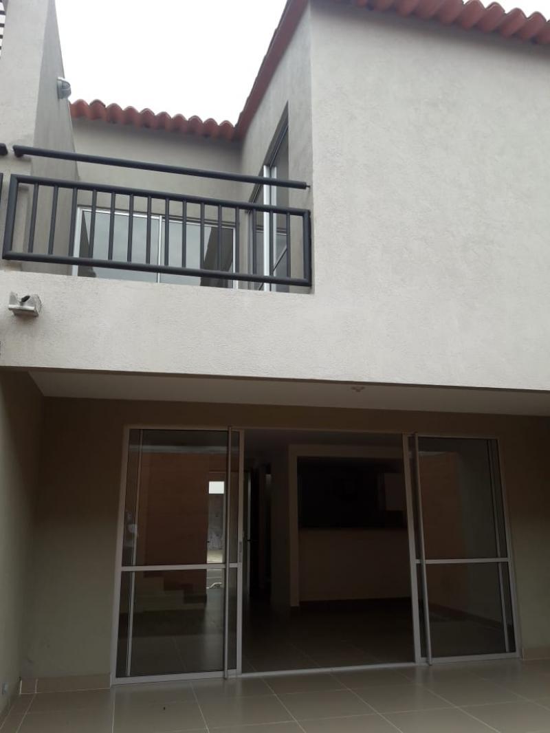 Imagen https://pictures.domus.la/inmobiliaria_301/88729_26_105782222.jpg