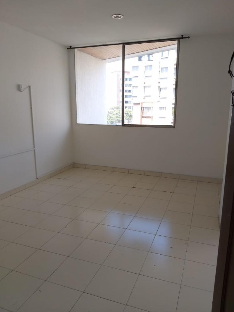 Imagen https://pictures.domus.la/inmobiliaria_301/88772_16_27865650.jpg