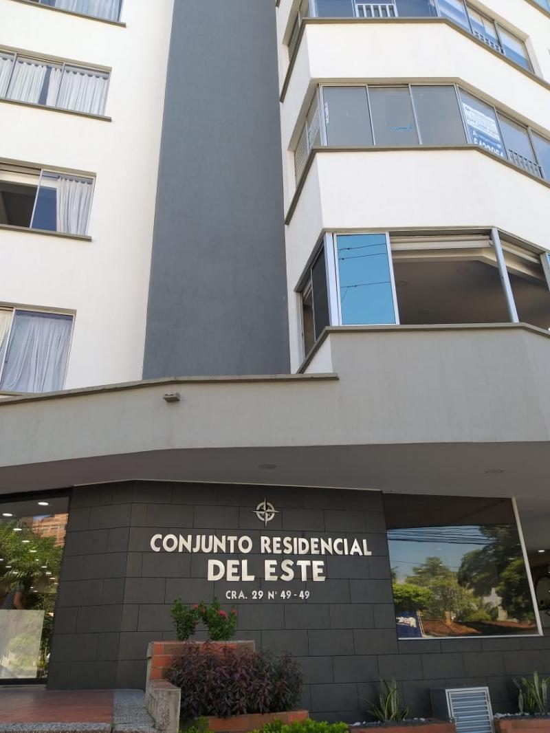 Imagen https://pictures.domus.la/inmobiliaria_301/88772_2_95425274.jpg