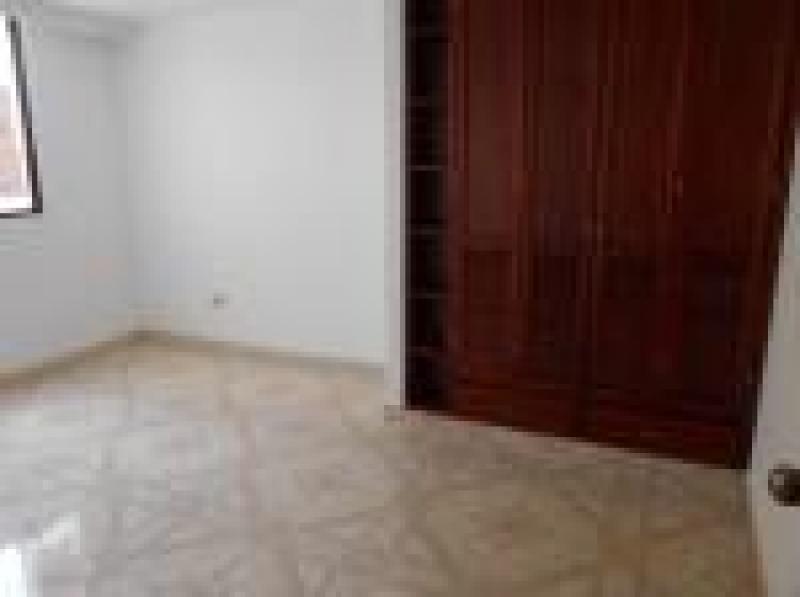 Imagen https://pictures.domus.la/inmobiliaria_301/89393_7_56131829.jpg