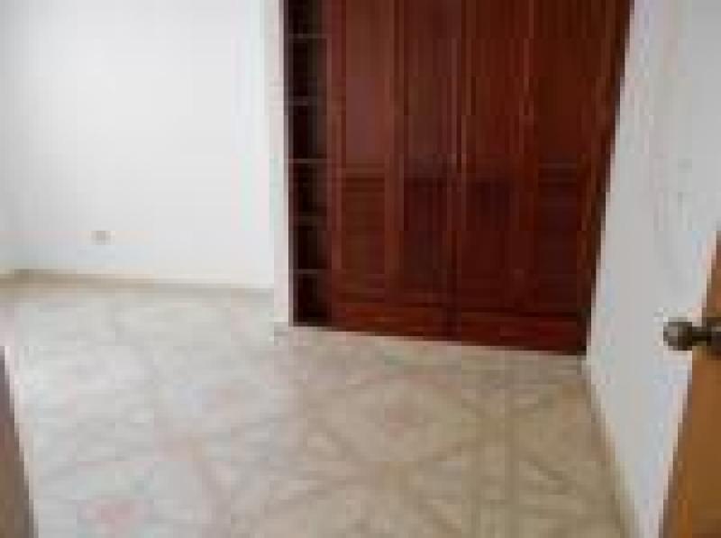 Imagen https://pictures.domus.la/inmobiliaria_301/89393_8_53810331.jpg