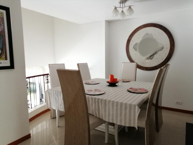 Imagen https://pictures.domus.la/inmobiliaria_301/89395_1_29484941.jpg