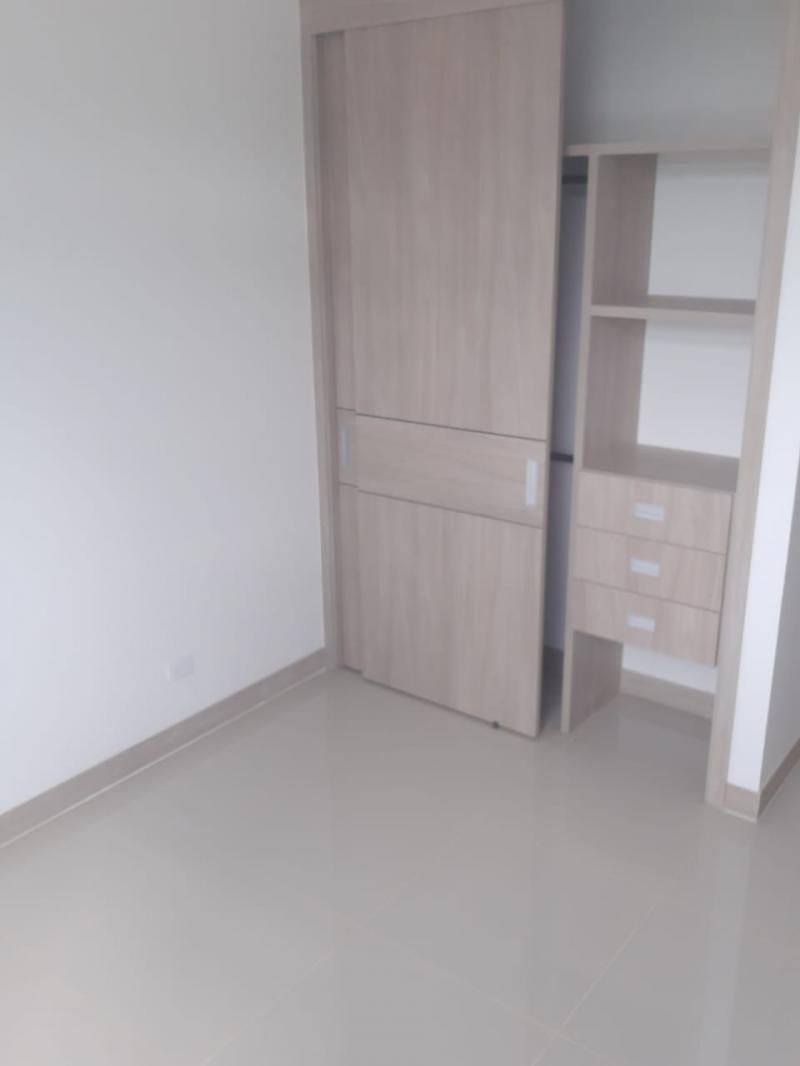 Imagen https://pictures.domus.la/inmobiliaria_301/89780_13_68354503.jpg