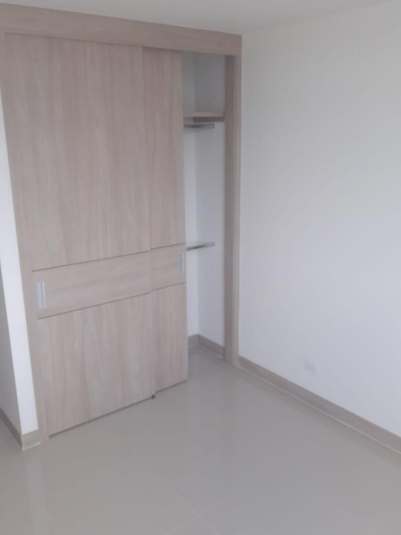 Imagen https://pictures.domus.la/inmobiliaria_301/89780_4_105399140.jpg