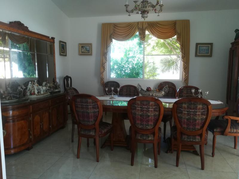 Imagen https://pictures.domus.la/inmobiliaria_301/90222_0_16167416.jpg