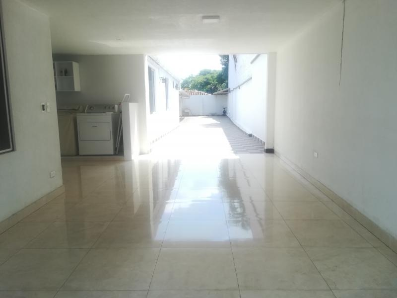 Imagen https://pictures.domus.la/inmobiliaria_301/90222_10_60610852.jpg