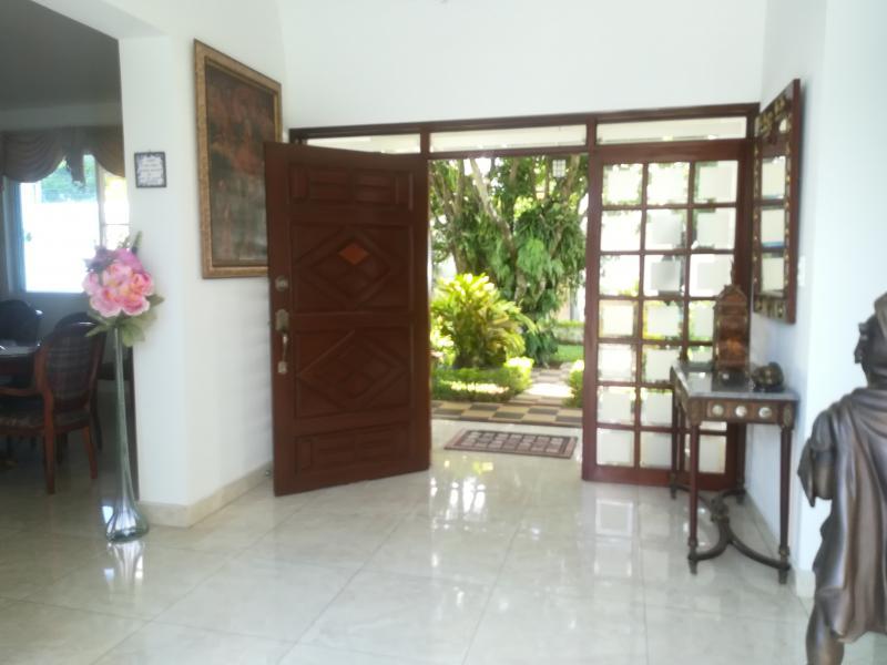 Imagen https://pictures.domus.la/inmobiliaria_301/90222_14_27993348.jpg