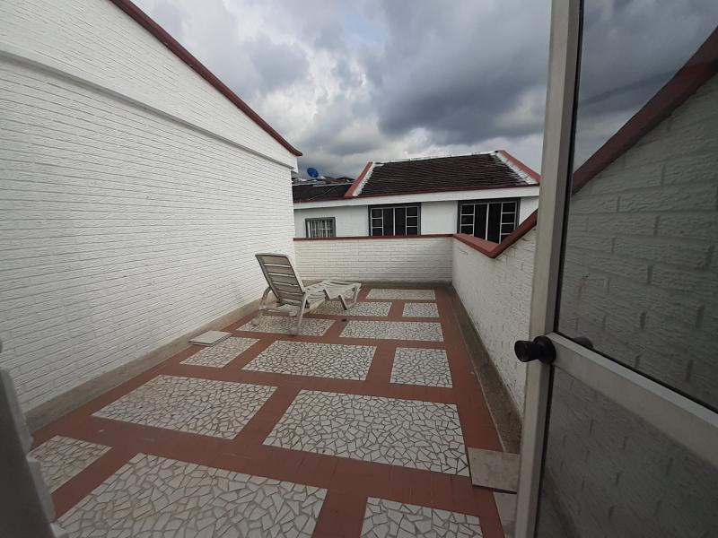 Imagen https://pictures.domus.la/inmobiliaria_301/90402_28_47780927.jpg