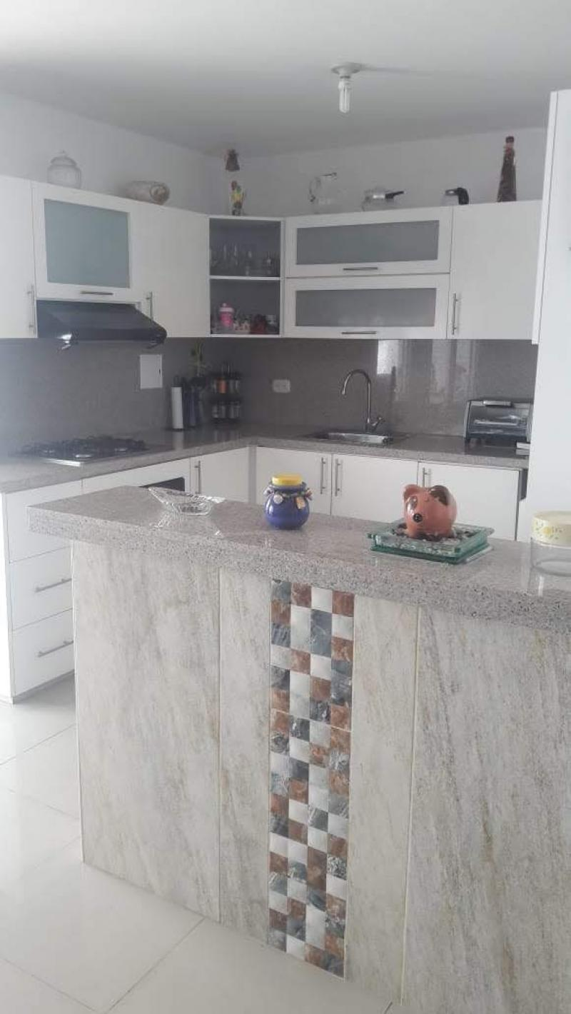 Imagen https://pictures.domus.la/inmobiliaria_301/90421_22_51183681.jpg