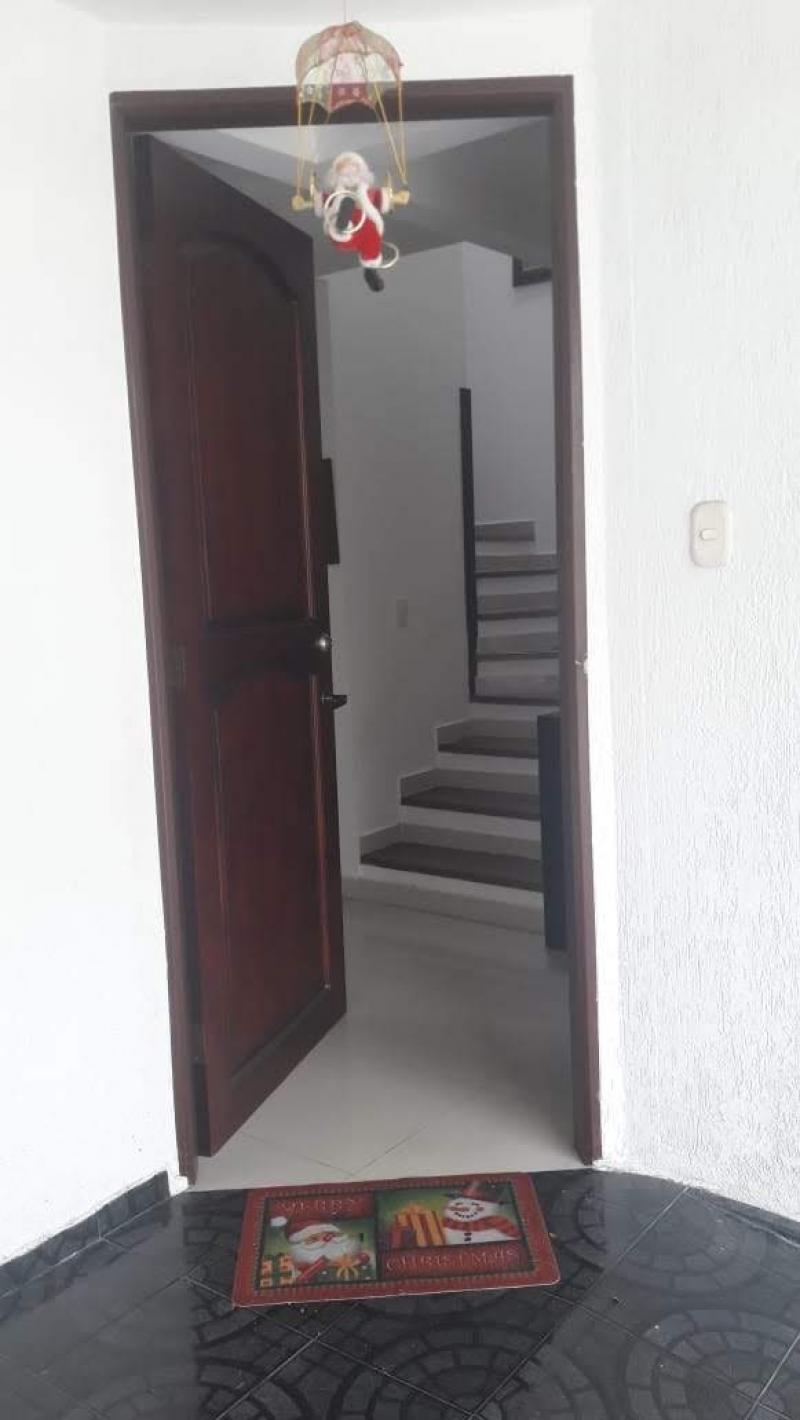 Imagen https://pictures.domus.la/inmobiliaria_301/90421_24_83862953.jpg