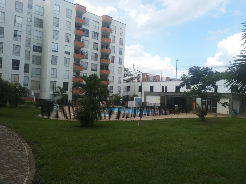 Imagen https://pictures.domus.la/inmobiliaria_301/90732_14_111886841.jpg
