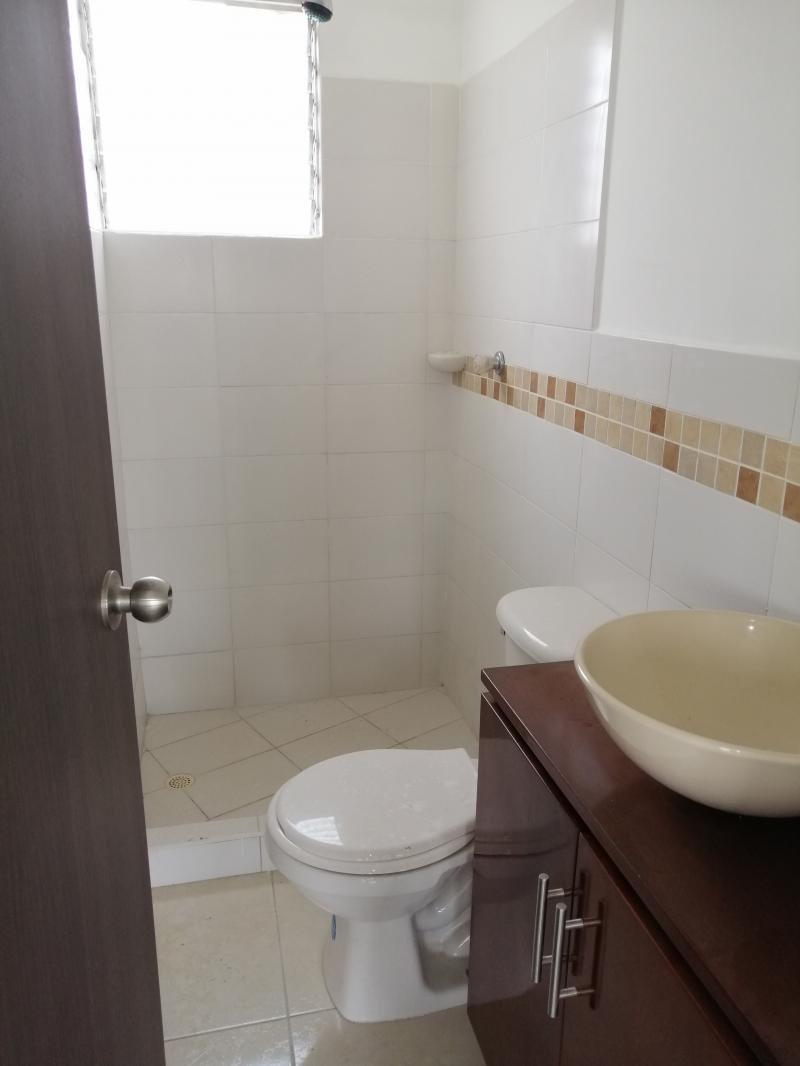 Imagen https://pictures.domus.la/inmobiliaria_301/90734_8_86347709.jpg