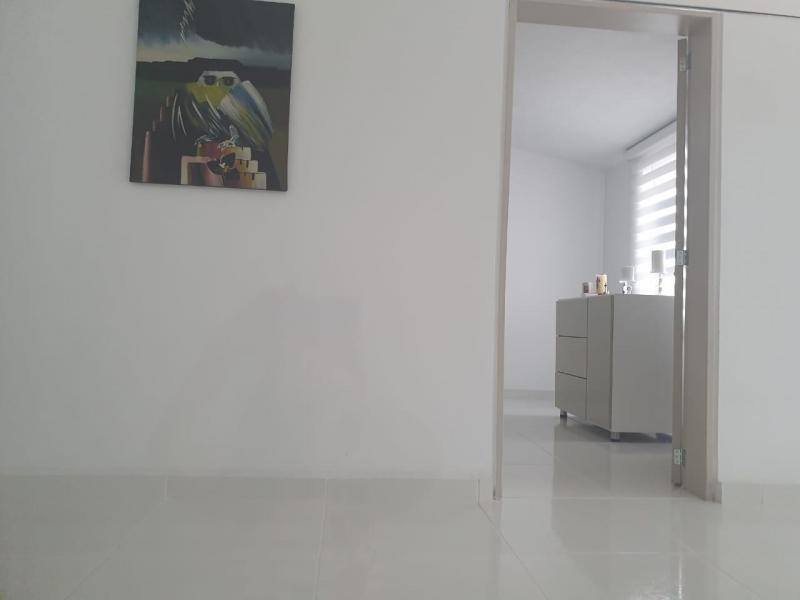 Imagen https://pictures.domus.la/inmobiliaria_301/90747_0_14328646.jpeg
