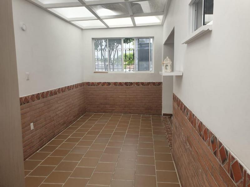 Imagen https://pictures.domus.la/inmobiliaria_301/90747_8_37391245.jpeg