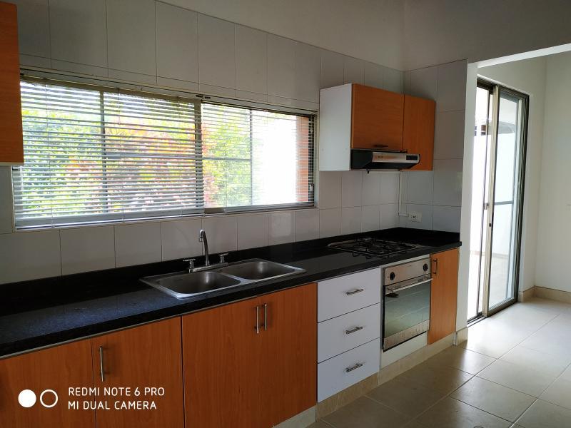 Imagen https://pictures.domus.la/inmobiliaria_301/90751_15_62119020.jpg