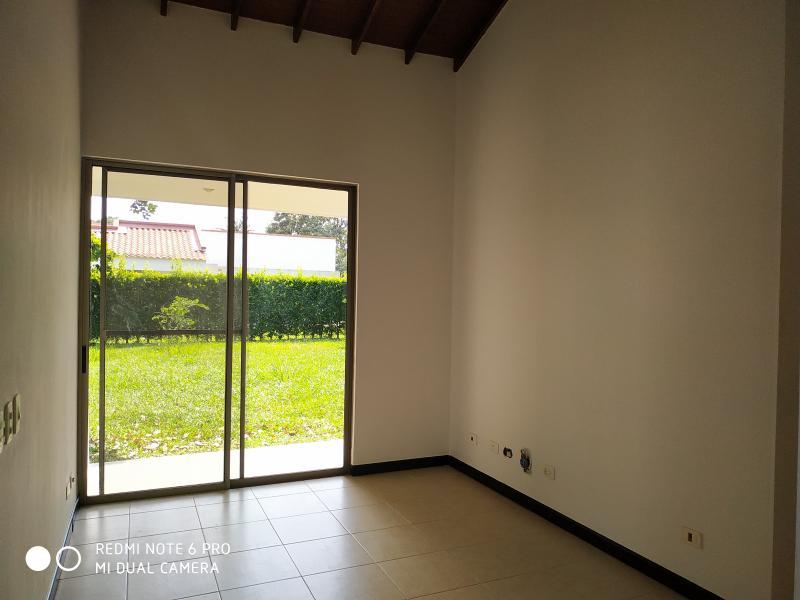Imagen https://pictures.domus.la/inmobiliaria_301/90751_1_103346316.jpg
