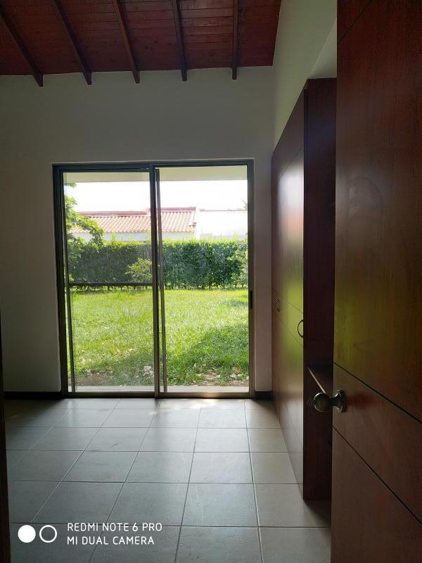 Imagen https://pictures.domus.la/inmobiliaria_301/90751_22_56635996.jpg