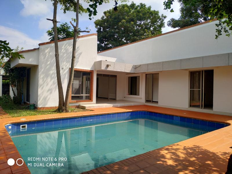 Imagen https://pictures.domus.la/inmobiliaria_301/90751_9_118806207.jpg