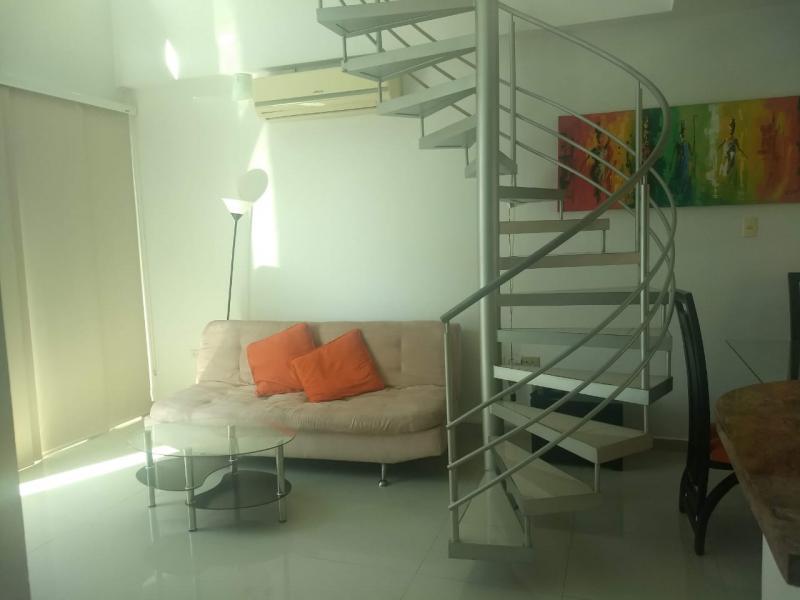 Imagen https://pictures.domus.la/inmobiliaria_301/90793_3_35302823.jpeg