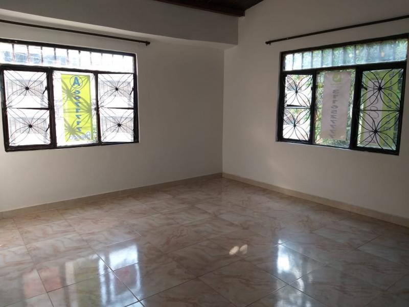 Imagen https://pictures.domus.la/inmobiliaria_301/90812_0_10544825.jpg