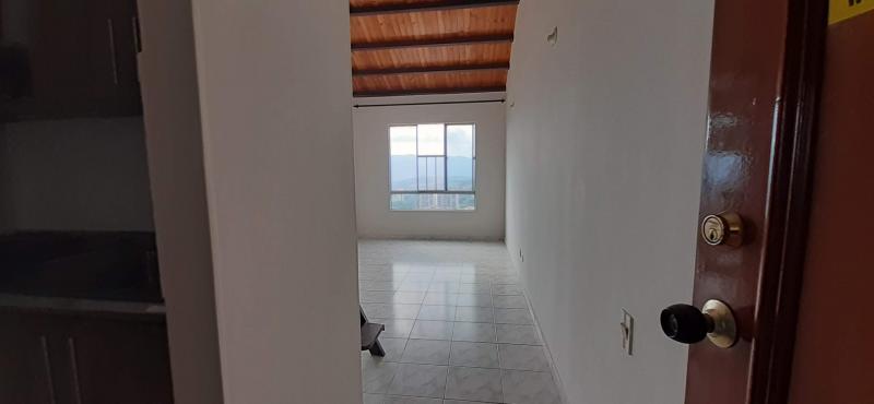 Imagen https://pictures.domus.la/inmobiliaria_301/90835_21_70239846.jpg