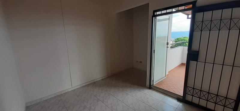 Imagen https://pictures.domus.la/inmobiliaria_301/90835_4_3562811.jpg