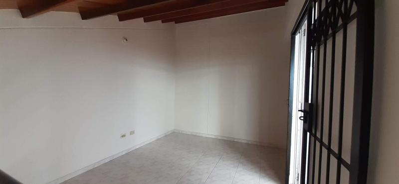 Imagen https://pictures.domus.la/inmobiliaria_301/90835_5_105177968.jpg