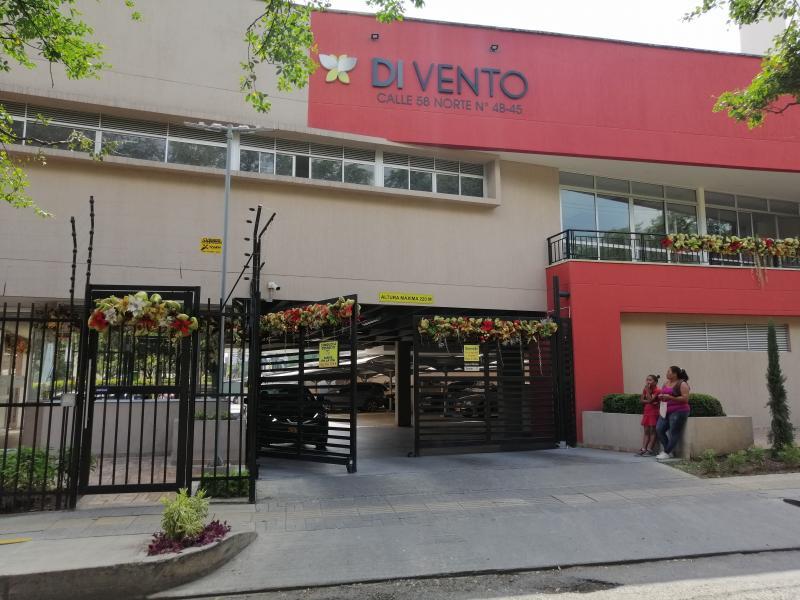 Apartamento en Urbanización La Flora