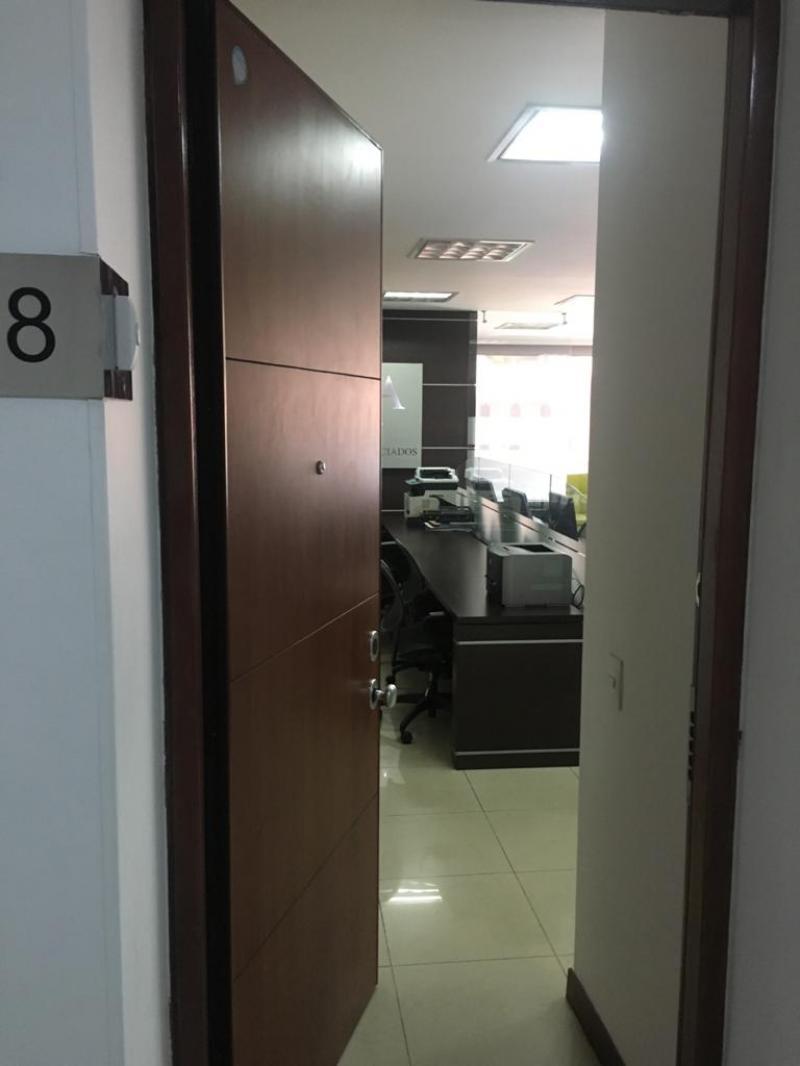 Oficina en Centro Internacional
