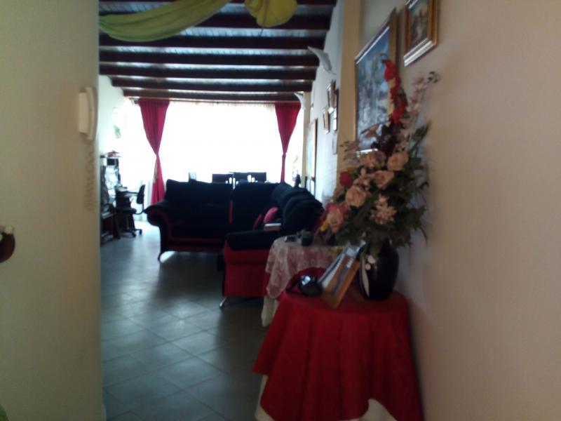 Imagen https://pictures.domus.la/inmobiliaria_301/91193_0_57563913.jpg