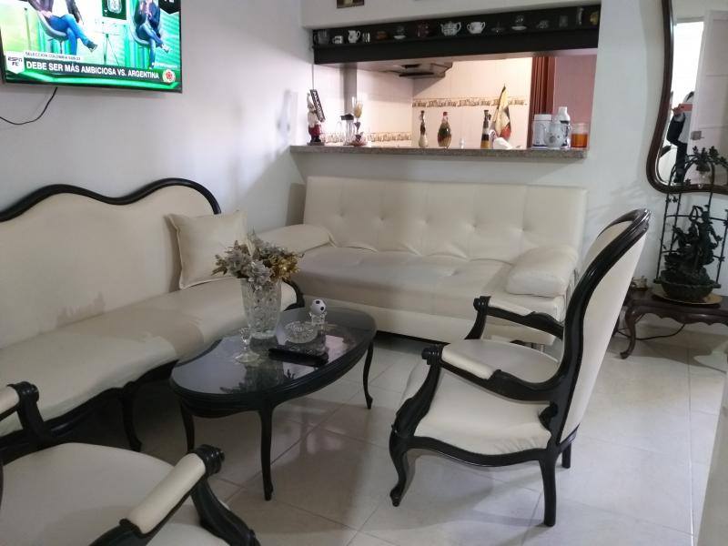 Imagen https://pictures.domus.la/inmobiliaria_301/91199_1_11794768.jpg