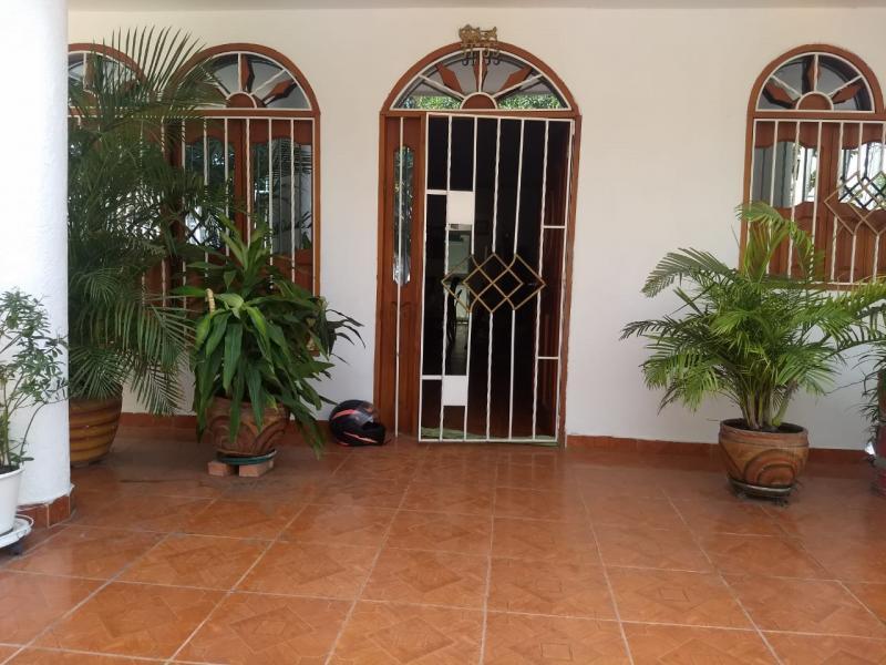 Imagen https://pictures.domus.la/inmobiliaria_301/91813_19_13561296.jpeg
