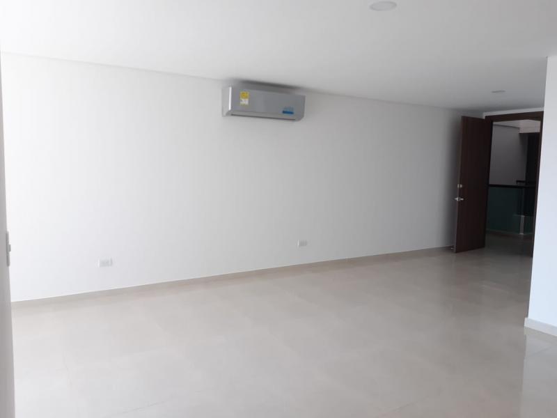 Apartamento en Altamira