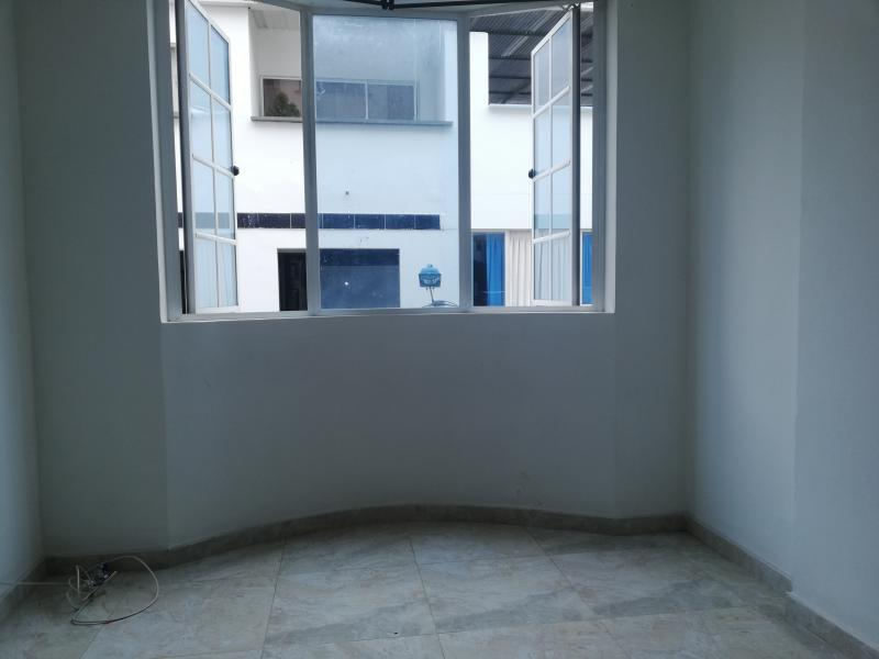 Imagen https://pictures.domus.la/inmobiliaria_301/91947_10_70851835.jpg