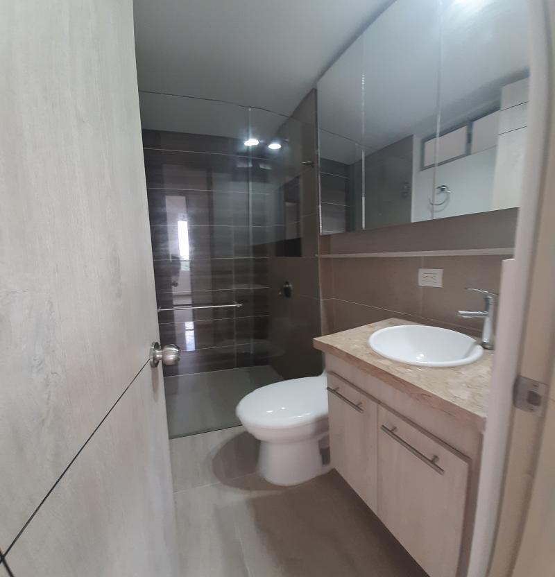 Imagen https://pictures.domus.la/inmobiliaria_301/92286_3_122747107.jpg