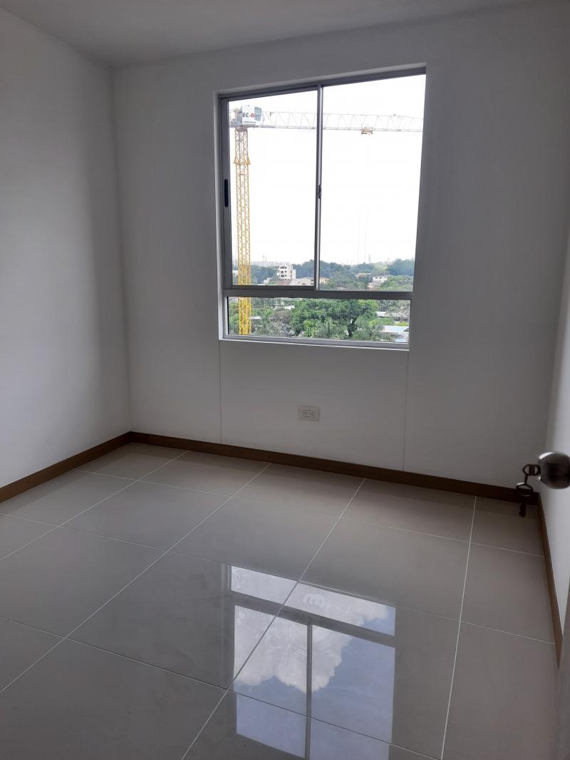 Imagen https://pictures.domus.la/inmobiliaria_301/92286_5_67501849.jpg