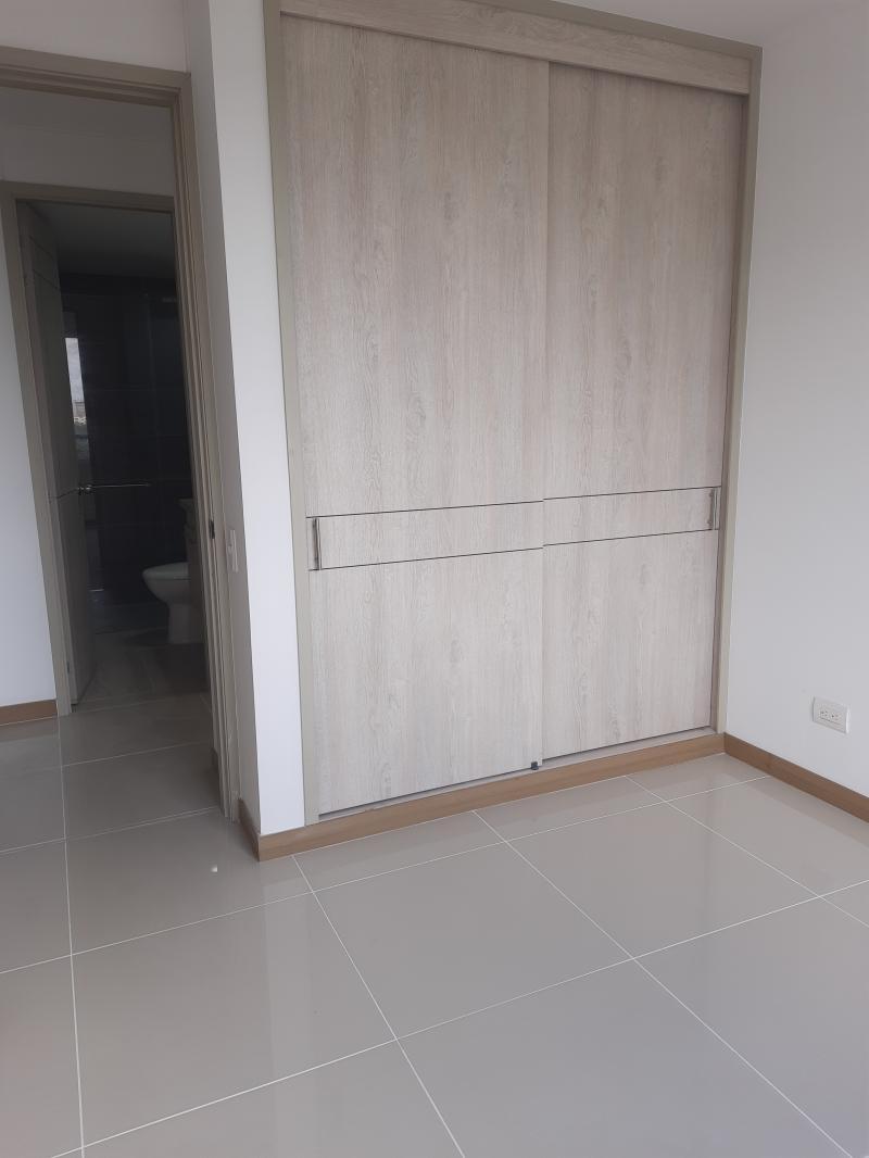 Imagen https://pictures.domus.la/inmobiliaria_301/92286_6_53588420.jpg