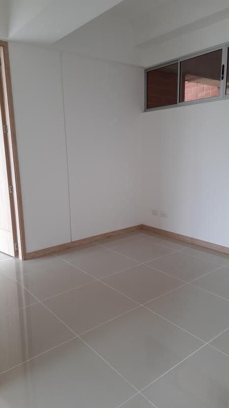 Imagen https://pictures.domus.la/inmobiliaria_301/92288_18_15605857RRR.jpg