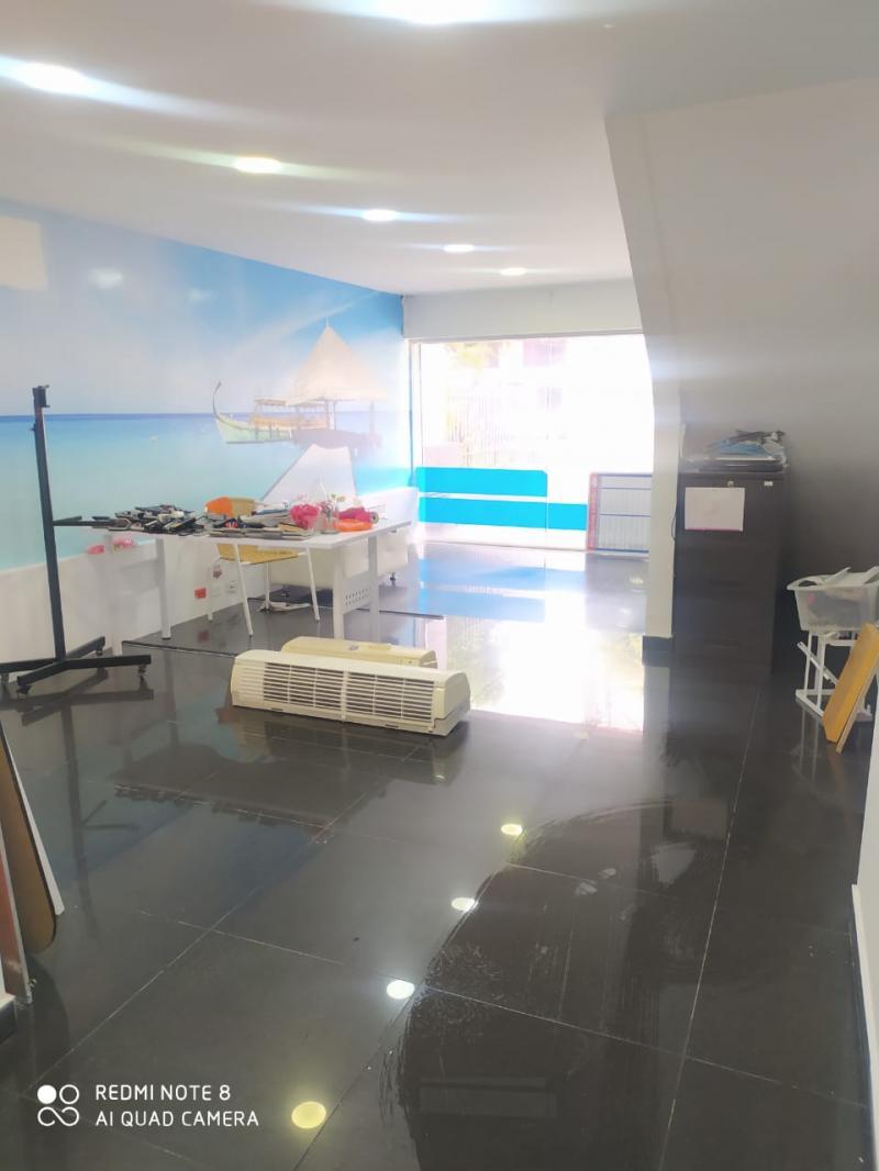 Imagen https://pictures.domus.la/inmobiliaria_301/92297_19_31312110.jpg