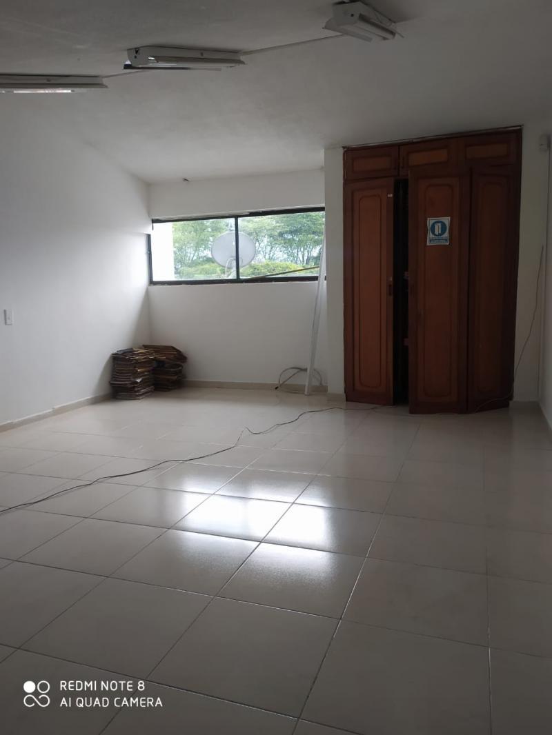Imagen https://pictures.domus.la/inmobiliaria_301/92297_21_21826290.jpg