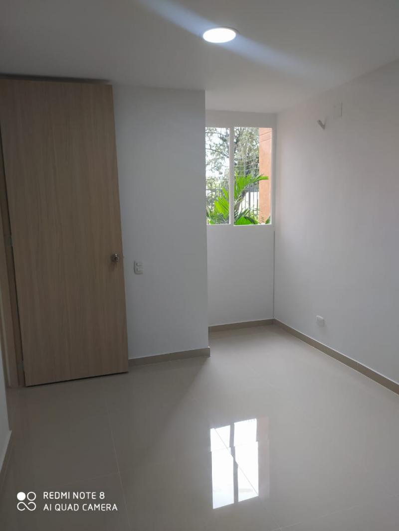 Imagen https://pictures.domus.la/inmobiliaria_301/92345_10_80108072.jpg