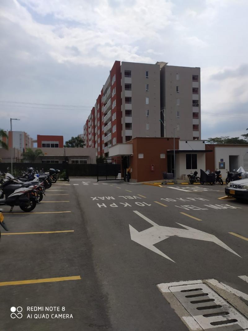 Imagen https://pictures.domus.la/inmobiliaria_301/92345_11_110350529.jpg
