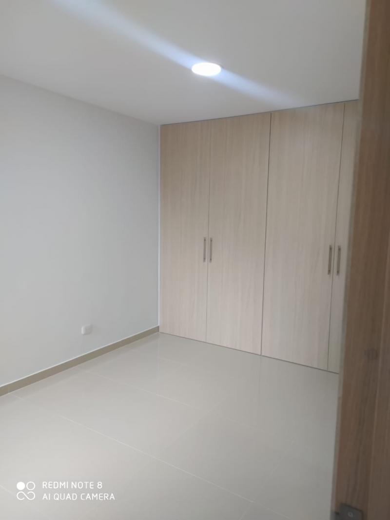 Imagen https://pictures.domus.la/inmobiliaria_301/92345_13_84492642.jpg